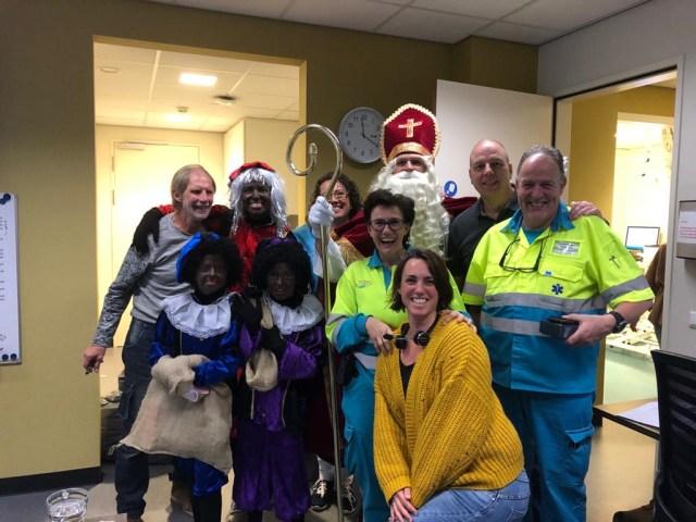 Sinterklaas en zijn zwarte pieten op de huisartsenpost te Gorinchem