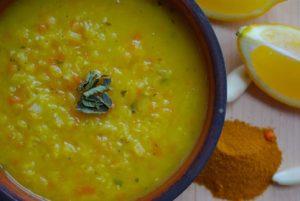 pirincli-sari-mercimek-corbasi