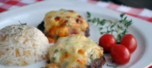 garniturlu-besamel-soslu-kofte