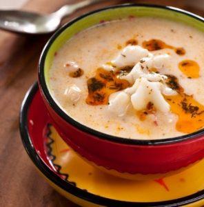 yogurtlu-manti-corbasi-tarifi