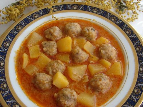 nefis-patatesli-sulu-kofte-tarifi