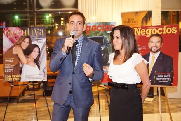 Ariel García-Linares e Yvonne Lorie.
