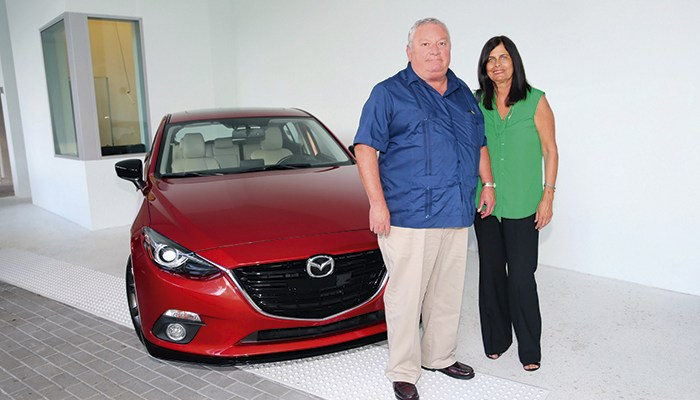 MAZDA MAIN SPONSOR OF THE EVENT LAUNCHING THE COVERS OF NEGOCIOS AND EJECUTIVA MAGAZINE