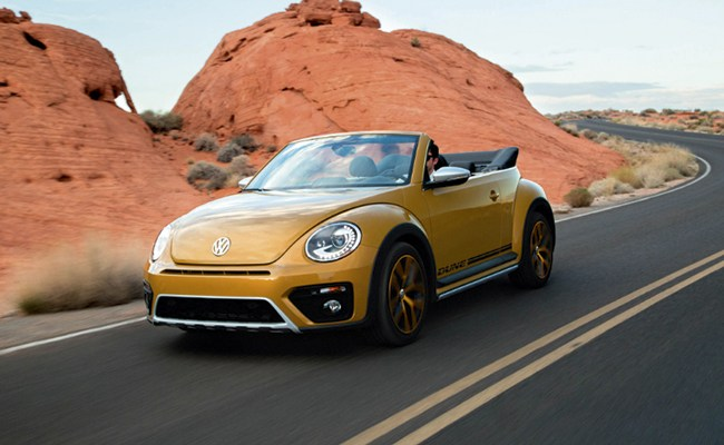 BEETLE CONVERTIBLE 1.8T DUNE: AN ICON