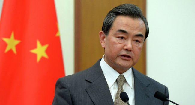 """CHINA PIDE A TRUMP Y A KIM JONG-UN QUE ACABEN CON """"LA ESCALADA VERBAL"""""""