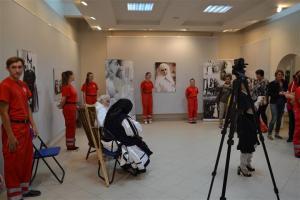 Vernisajul expoziției Regina Soldat la Negresti Oas