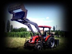 Kepçeli Traktör
