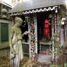 "Dr Ralph Horne's House, Boston: Garden with statue and potting shed (2006), 30"" x 30"""