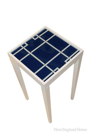 """""""Tini I"""" table in navy."""