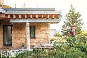 JA15 Contemporary Maine compound rooftop garden