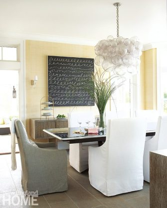 Contemporary Martha's Vineyard home kitchen