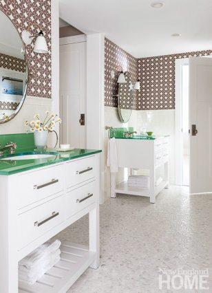 Simply Home bathroom