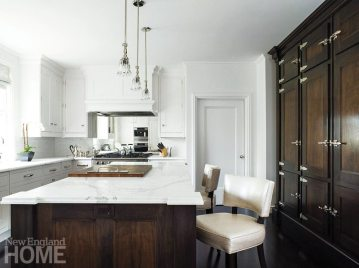 While the company doesn't make countertops, flooring, fixtures, lighting, or appliances, its designers offer advice and referrals in all categories.