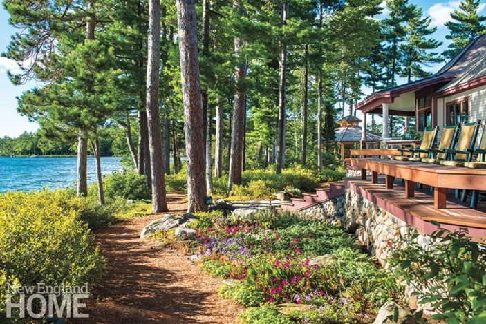 New Hampshire lakefront garden