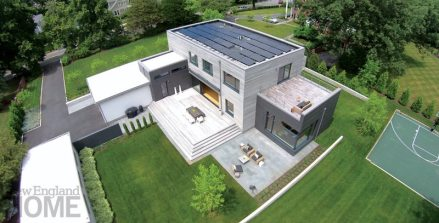 One of the goals was to create an environmentally friendly house; in this vein, the solar panels installed on the roof help offset energy consumption.