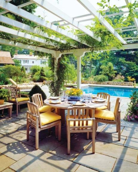 Garden furniture by Giati elevates the comfort factor.