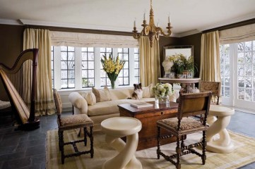 Tammy Randall Wood living room