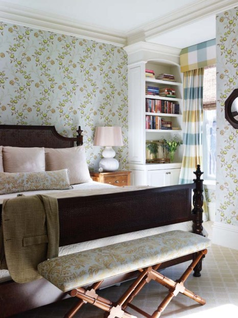 Anne Becker bedroom