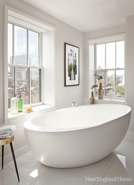 Hacin + Associates bath