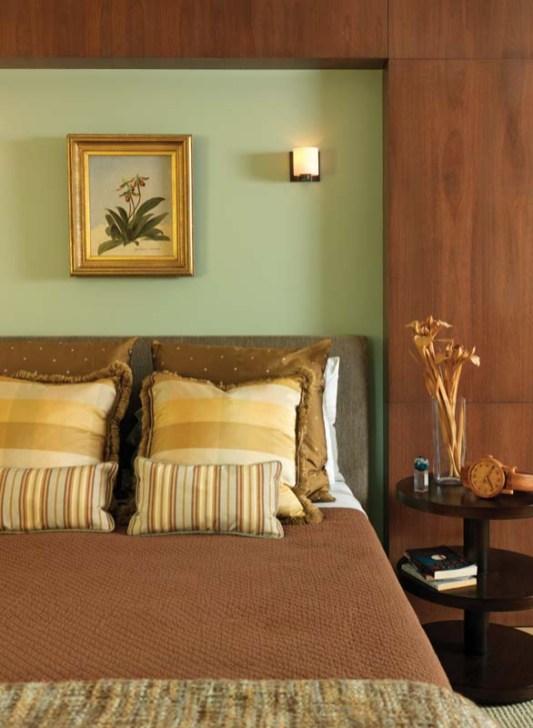 Sustainable Brazilian lyptus panels the master bedroom