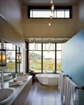 Liz Stiving-Nichols master bath