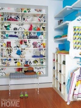 Hutker-Lopez-MarthasVineyard Closet