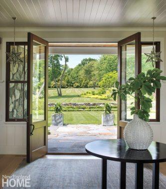 Jamestown Shingle Style Front Hallway