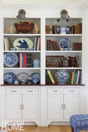 Nantucket Home Bookshelf