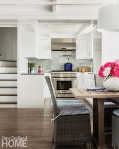 Cape Cod Cottage Kitchen