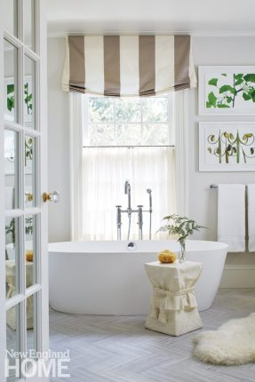 Gauthier Stacy Hingham Master Bathroom