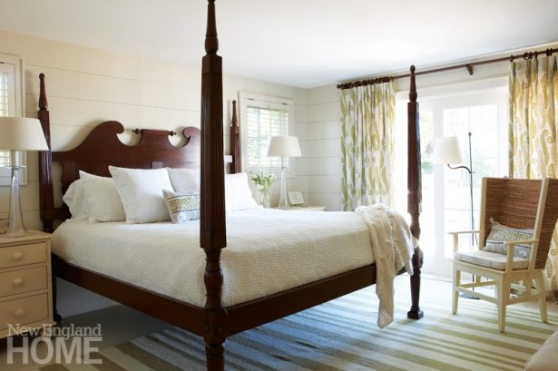 Chappaquiddick Shingle Cottage Guest Bedroom