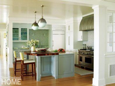 Rhode Island Shingle Style Kitchen