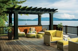 Lake Effect: Timeless Style on Lake Sunapee