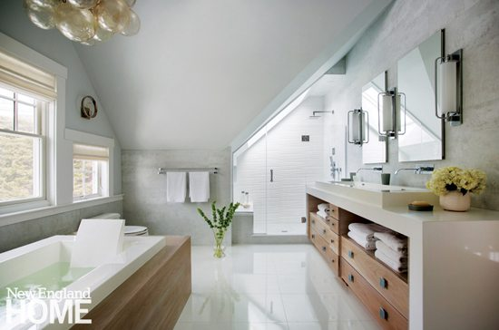 Transitional style bathroom