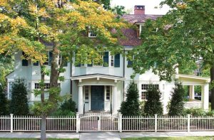 A Historic Home in Brookline Gets a Fresh Look