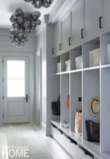 Contemporary mud room