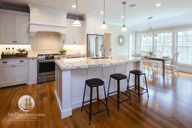 Cape Cod eat-in kitchen