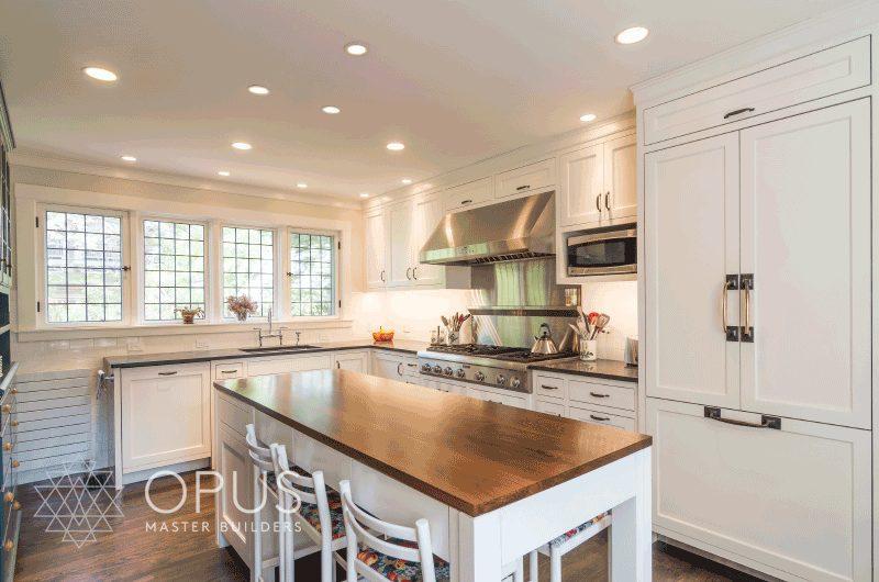 Luxury Home Construction New England: white kitchen