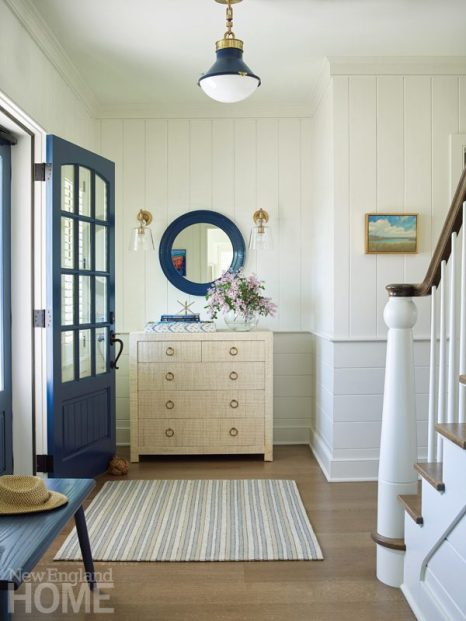 quonnie beach house entryway