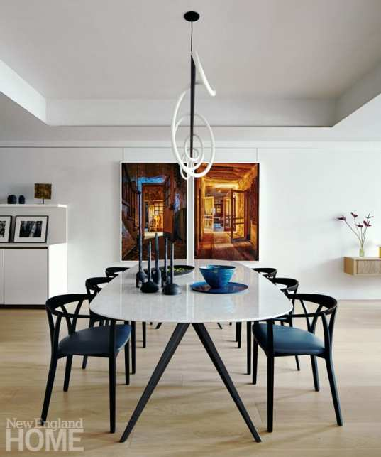 south end condo dining area