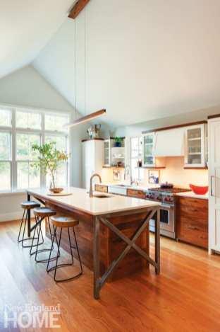 Martha's Vineyard getaway kitchen