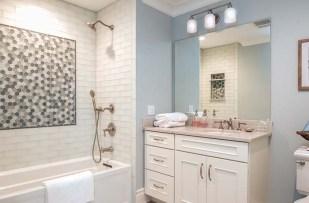700x460 Bathroom4