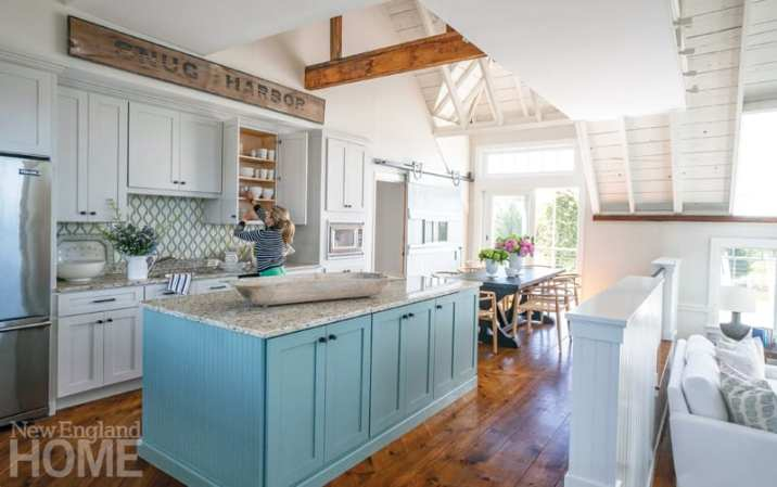 blue and white coastal kitchen