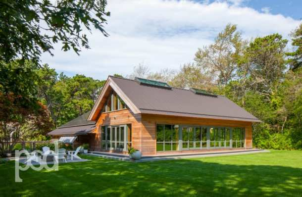 """8) Timeless appeal (both classical and contemporary), functional but flexible spaces, simple but well-proportioned forms, and beautiful but durable materials were all on the agenda at this """"social barn"""" designed and built by PSD."""