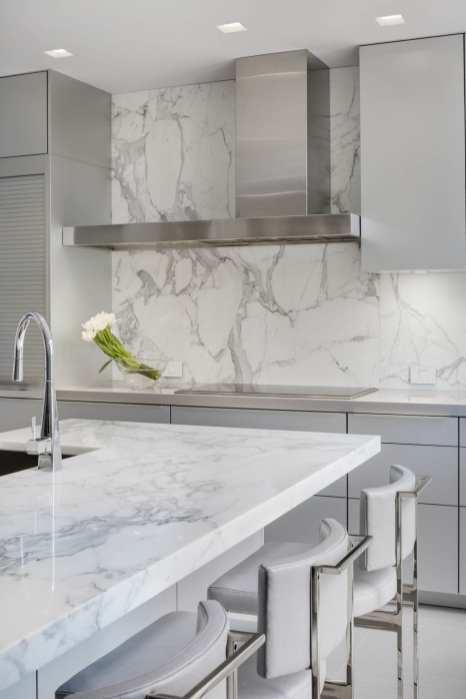 Kitchen Design: Rosemary Porto, Poggenpohl, Builder: FBN Construction, Photography: Greg Premru