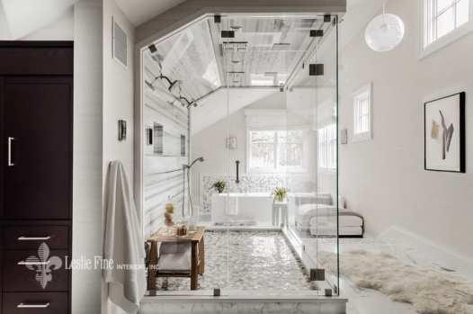 Leslie Fine_white bathroom