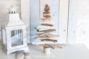Etsy gifts, Etsy shop, cadeaux boutiques Etsy, Driftwood Christmas Tree | Driftwood Christmas Tree for Sale | Driftwood Trees | Rustic XMas Decor | Coastal Christmas Decor | Cottage Decor, arbre de noël en bois de grève