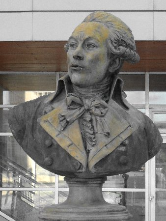 Sculptures dans les lieux publics  Deseine