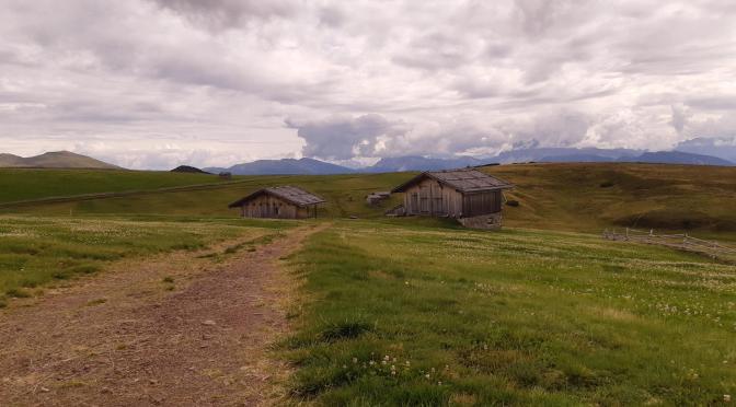 Stoefflehuette da Kaseregg (Lazfons): prati infiniti con vista sulle Dolomiti