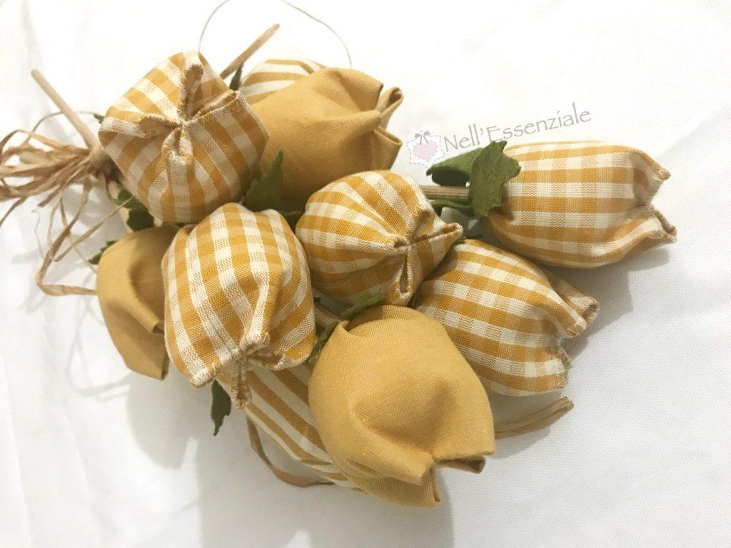 tulipani di stoffa Completo cucina con mantovana e copriforno